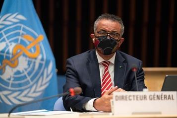 «Il est dangereux de renoncer à contrôler» la pandémie, dit l'OMS)