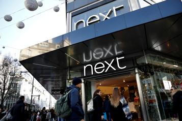 Royaume-Uni Next va gérer la marque Gap en franchise)