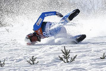 Saut à skis Le Norvégien Tande est sorti du coma après sa lourde chute)