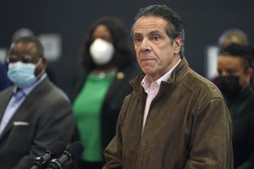 Comportement inapproprié Une troisième femme accuse le gouverneur de NewYork)