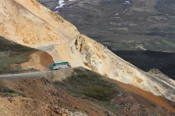 Glissements de terrain: 300 touristes coincés dans un parc national d'Alaska