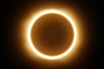 Une éclipse pour commencer la journée)