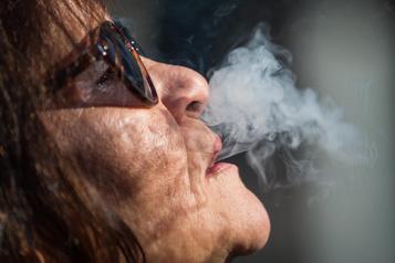 Cannabis: penser aux non-fumeurs
