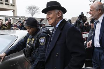 40 mois de prison pour Roger Stone, après l'intervention de son ami Donald Trump