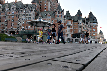 L'industrie touristique canadienne réclame plus d'aide)