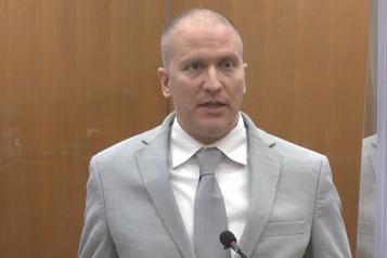 Procès pour violations des droits Le meurtrier de George Floyd plaide à nouveau non coupable)