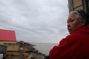 Un village inuit au bord du gouffre