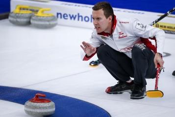 Mondial de curling Victoire facile des Canadiens face aux Américains)