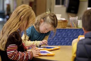 Les écrans modifieraient la structure du cerveau des enfants