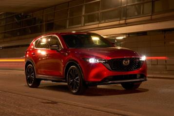 Mazda Des retouches pourleMazdaCX-5 etle rouage intégral de série)