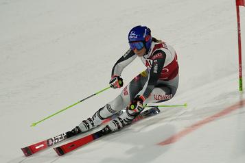 Ski alpin Petra Vlhova remporte le slalom en parallèle à Lech)