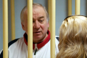 Empoisonnement au Novitchok Un troisième agent russe inculpé au Royaume-Uni dans l'affaire Skripal)