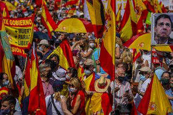 Espagne La droite dans la rue à Madrid contre la grâce des indépendantistes catalans)