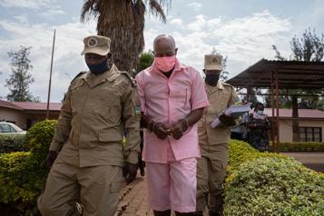 Rwanda Paul Rusesabagina, héros hollywoodien condamné pour «terrorisme»)