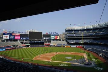 COVID-19 Des tests positifs forcent le report du duel Red Sox-Yankees)