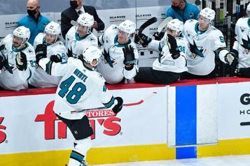 Tomas Hertl donne la victoire aux Sharks en fusillade)