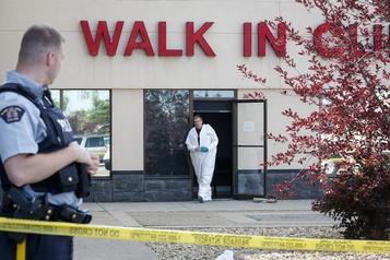 Un médecin tué dans une clinique de Red Deer)