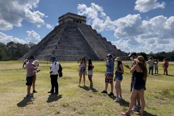 Tourisme mondial Un tiers des destinations fermées)