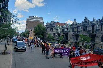 Manifestation «Il est temps que le logement soit considéré comme un droit fondamental»)