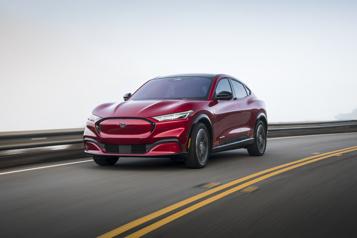 Essai routier  Ford Mustang Mach-E2021 : j'ai maintenant votre attention? )