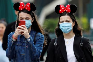 COVID-19 Disney va supprimer un total de 32000 emplois au premier semestre de 2021)
