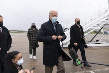 Biden et Trump visitent le Midwest à quatre jours de l'élection)