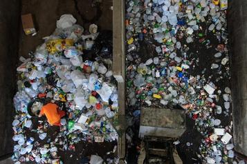 Production de plastique: l'industrie «fait fausse route», ditGreenpeace
