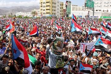 Yémen: la tension décroît à Aden avec le début du retrait des séparatistes