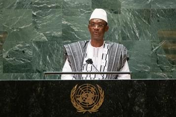 Mali Le premier ministre accuse la France d'un «abandon en plein vol»)