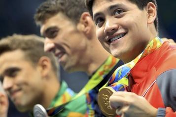 JO-2021: le nageur singapourien Schooling demande un nouveau report de son service militaire)