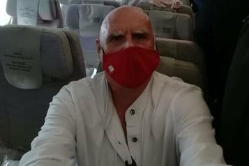 Un Québécois de retour de Dubaï après unlong calvaire)