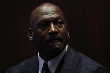 Égalité raciale: Michael Jordan fait un don de 100millions)