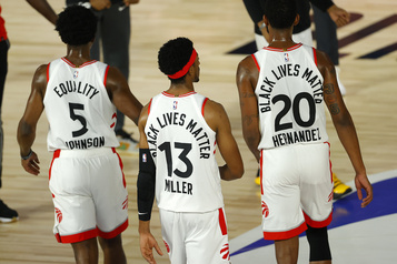 Les Raptors battent les Nuggets par 8 points)