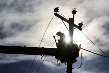 Des milliers de personnes privées d'électricité à Québec