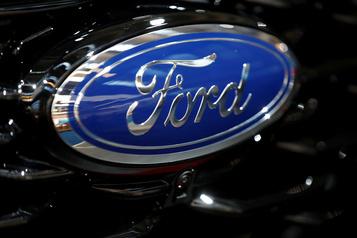 Ford s'envole en Bourse avec un chiffre d'affaires en légère hausse)