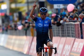 Tour d'Italie Deuxième mardi, premier mercredi : Ben O'Connor gagne la 17eétape)