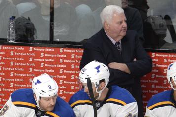 Blues de St. Louis Chiarelli VP des opérations hockey, Hitchcock conseiller aux entraîneurs)