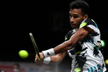 Championnat de tennis de Cologne Félix Auger-Aliassime subit l'élimination en demi-finale)