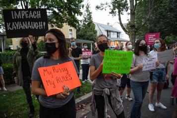 Manifestation pour le droit à l'avortement devant la maison du juge Kavanaugh)