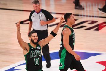 Les Celtics éliminent les Raptors)