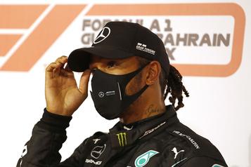 Lewis Hamilton déclaré positif à la COVID-19)