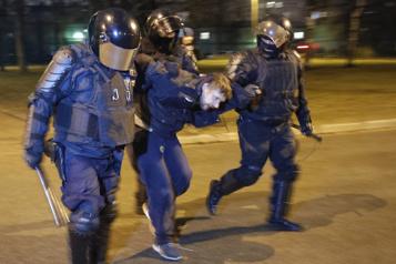 Russie Près de 1800 interpellations lors de manifestations pro-Navalny)