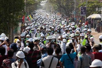 Birmanie Nouvelles manifestations alors que le Conseil de sécurité est divisé)