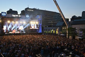 Le Festival de jazz et les Francos auront lieu en septembre)