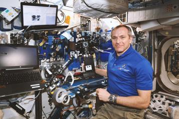 Voyageurs stellaires: la vie en orbite La Station spatiale, comme si on y était)