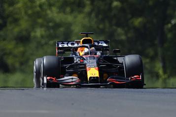 Grand Prix de Hongrie Max Verstappen devance les Mercedes aux premiers essais libres)