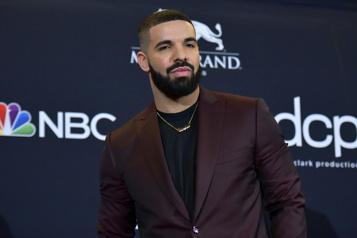 La rappeur Drake prépare un film sur les hockeyeurs noirs)
