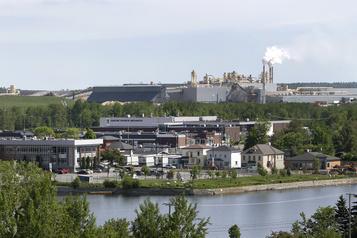 Produits du bois  Tafisa investit 42millions dans son usine de panneaux à Lac-Mégantic )