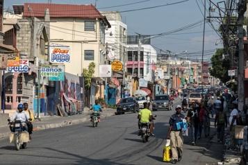 Des affrontements entre gangs forcent la fuite de plus de 500Haïtiens)