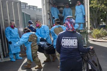 COVID-19 Des ambulances envoyées directement à la morgue)